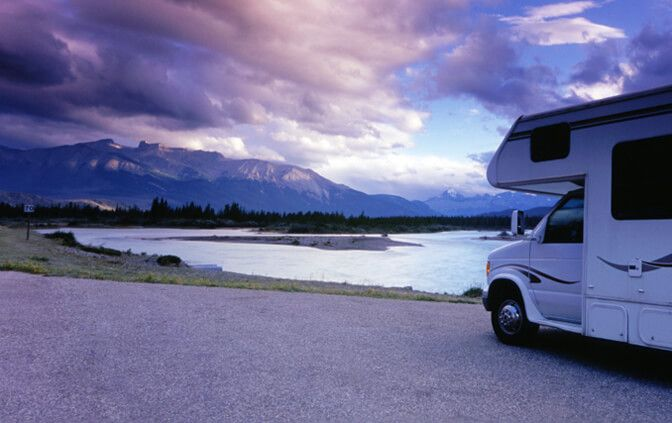 12 terrains de campings près de la plage à visiter cet été