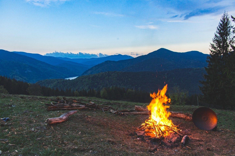 6 avantages du camping en automne