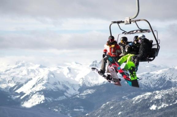 Les Stations de Ski Canadienne qui Accueillent les VRs à Bras Ouvert