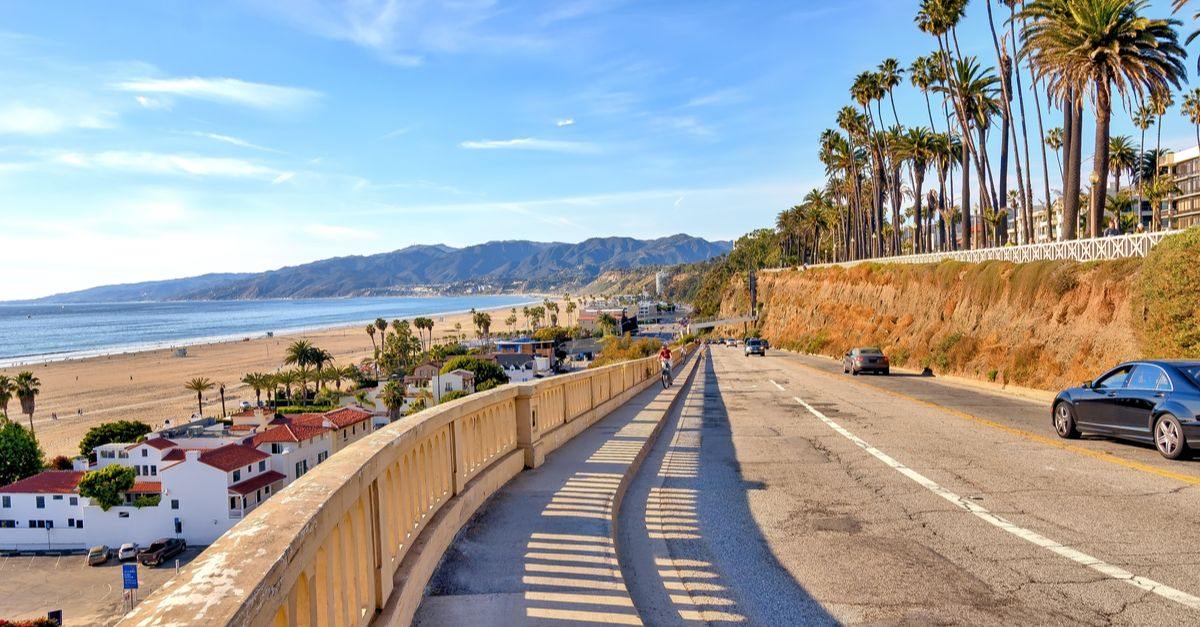 The EZY Guide for RV Camping in Los Angeles